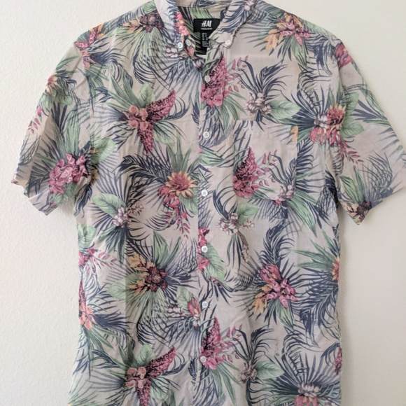 f806a498 H&M Shirts | Hm Mens Hawaiian Shirt | Poshmark